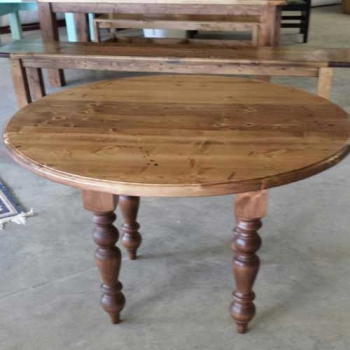 Round Table with Turned Legs, Custom