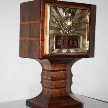 Pedestal Bank, Walnut with Mahogany Inlay